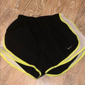 Nike drifit shorts black white neon yellow small